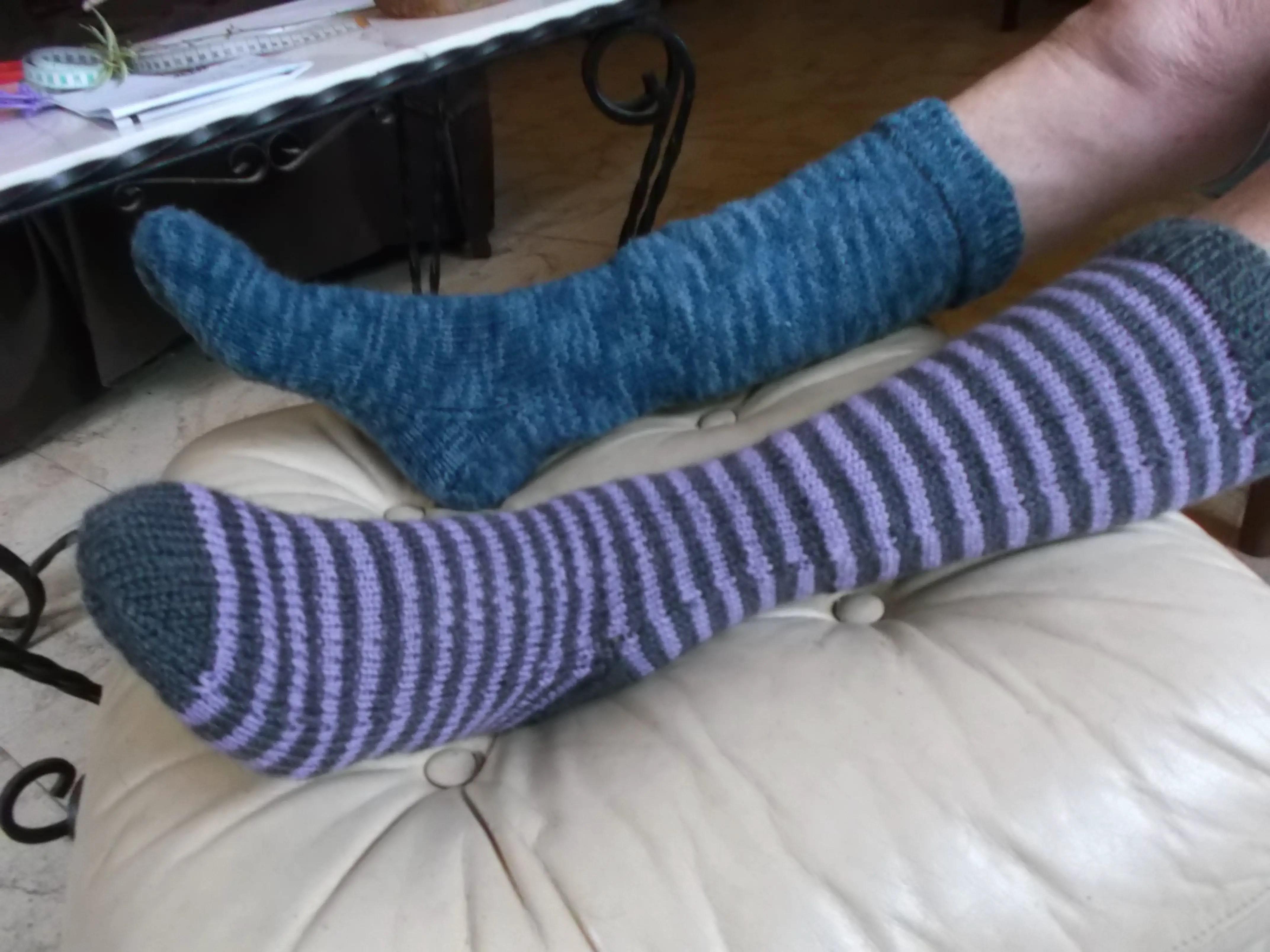 les-chaussettes-du-zom-2-lagrenouilletricote-com