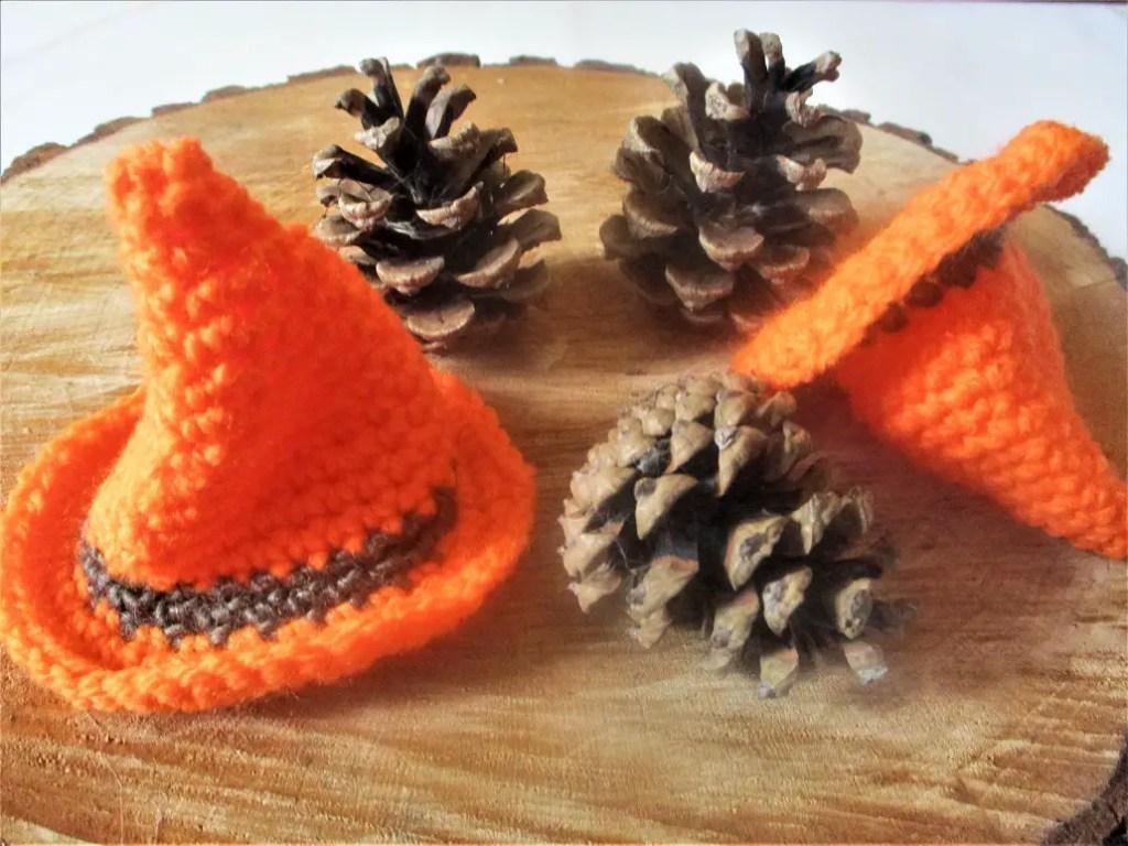 un chapeau de sorcière pour Halloween