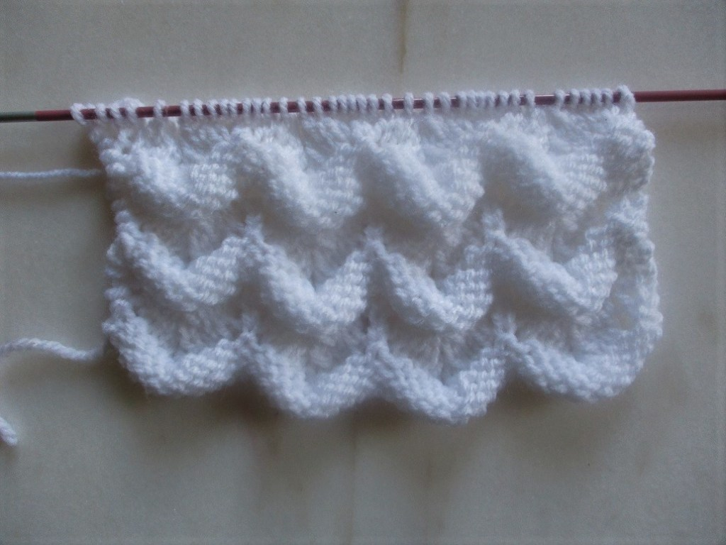 explications d'un motif de vague au tricot