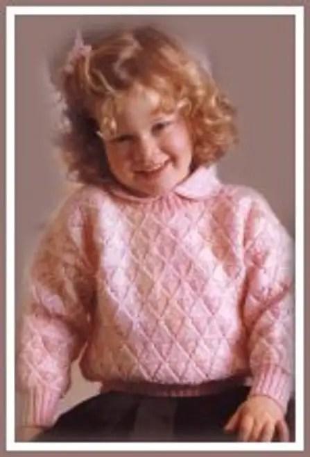 un pull au tricot pour les filles