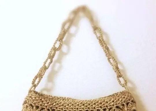 Un point au crochet pour un sac ou une pochette