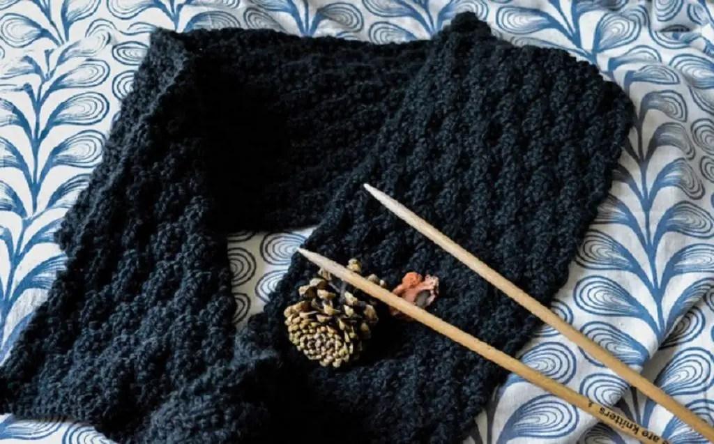 Comment tricoter une écharpe femme