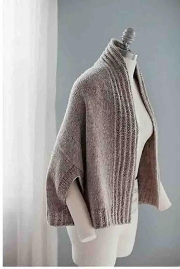 Un boléro au tricot