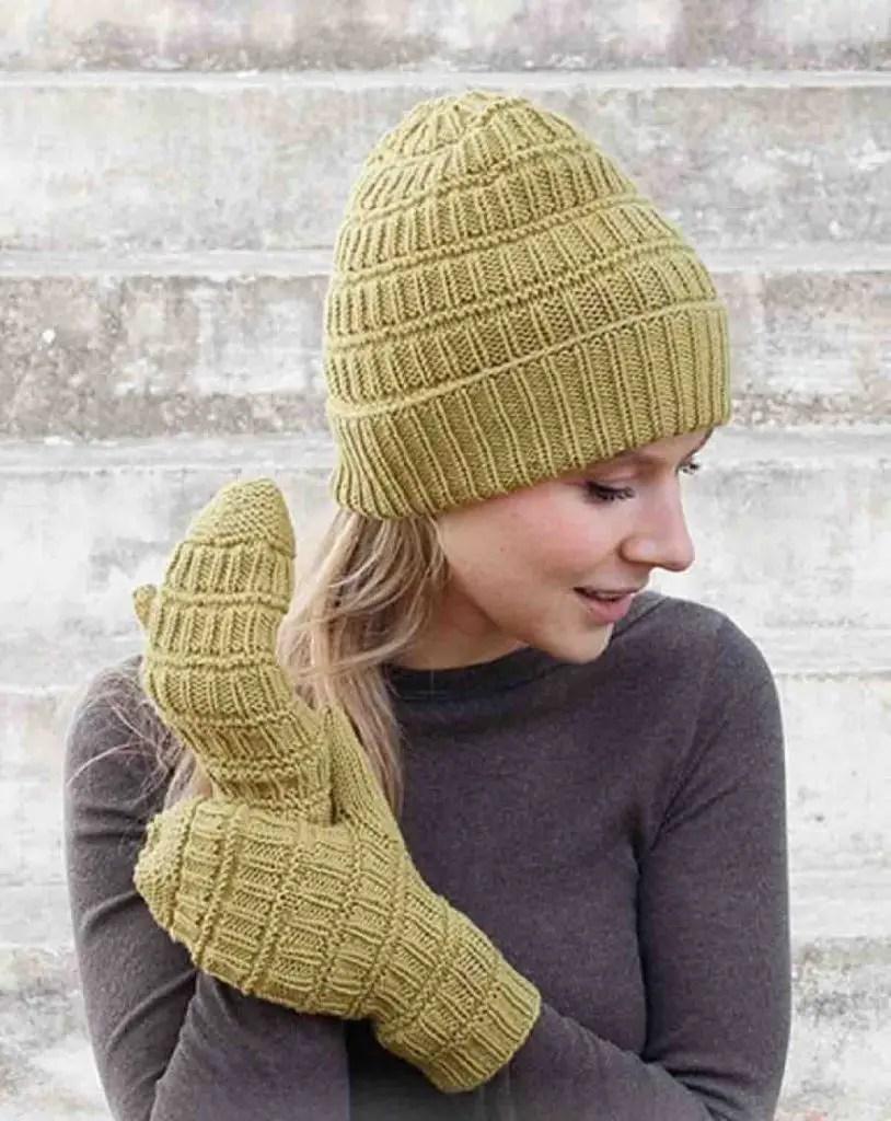 Modèle de bonnet a tricoter facile