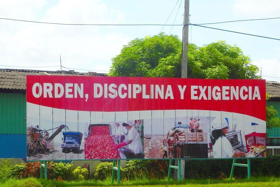 Orden, disciplina, exigencia… La propaganda cubana no es siempre efectiva.