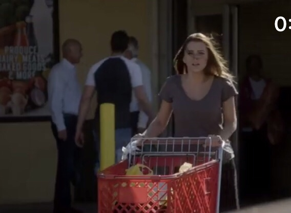 Even A Simple Trip To The Grocery Store Is More Exciting In A Telenovela!
