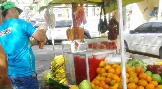 Solo basta ver el colorido toque que por sí solo le dan las hermosas frutas que