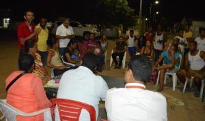 Los moradores del barrio Iguaraya, dialogaron de frente sobre la seguridad con el Secretario de Gobierno y otros funcionarios del Distrito.