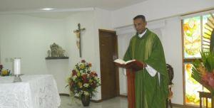 Sacerdote Bláster Pérez Reales. Foto Elheraldo.com