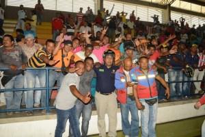 Varios de los mototaxistas que laboran en Riohacha asistieron a la convocatoria realizada por el Distrito.