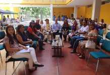 Aquí aparecen los miembros de la fundación Teichon, el cual es coordinada por la escritora, Delia Rosa Bolaño Ipuana.