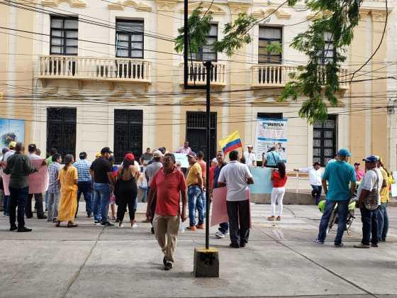 El recorrido que realizaron los comerciantes de cárnicos en la mañana de este miércoles en Riohacha.
