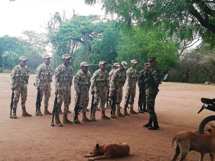 Este es el grupo de soldados que hace presencia en esta parte de La Guajira.