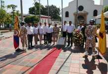 El alcalde de Barrancas, Jorge Cerchiaro Figueroa, junto a su equipo de gobierno conjuntamente con militares del Grupo de Caballería Mecanizado No. 2 Coronel Juan José Rondón, develaron la placa.
