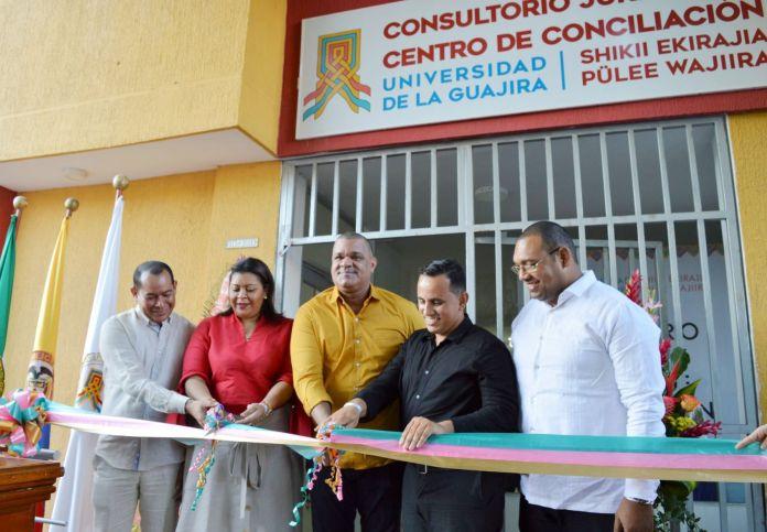 El acto de inauguración fue presidido por el rector Carlos Arturo Robles Julio; la decana de la Facultad de Ciencias Sociales y Humanas, Milvia José Zuleta Pérez, docentes y estudiantes de la Alma Mater.