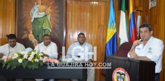 Aspecto cuando el alcalde Juan Carlos Suaza Movil se dirigía a los miembros del cabildo local, pidiéndoles que le aprueben los proyectos de acuerdo.