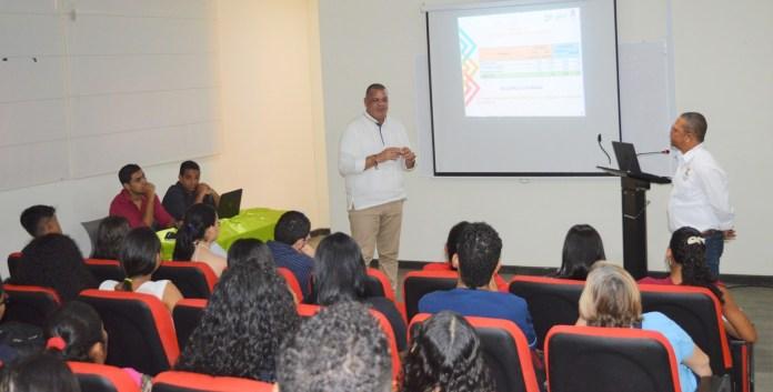 Carlos Arturo Robles Julio, rector de la Alma Mater destacó la pertinencia, perfil y proyección del programa de Biología  y  su liderazgo en la investigación.