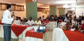 Gustavo Gaitán Thornee, conferencista internacional invitado, dirigió el seminario para los candidatos a elección popular.