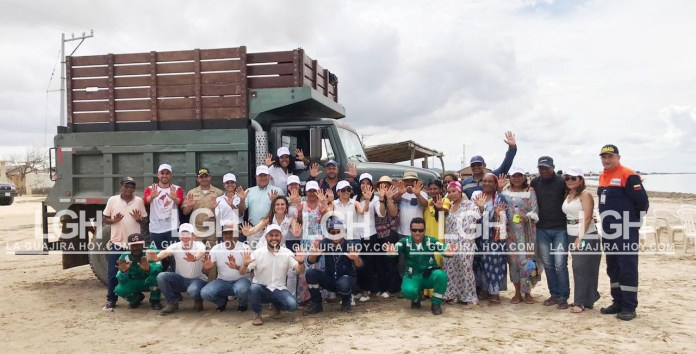Este es el vehículo que se le entregó en comodato a la comunidad del Cabo de la Vela, para la recolección de los residuos sólidos de parte del Pacto Global Red Colombia.