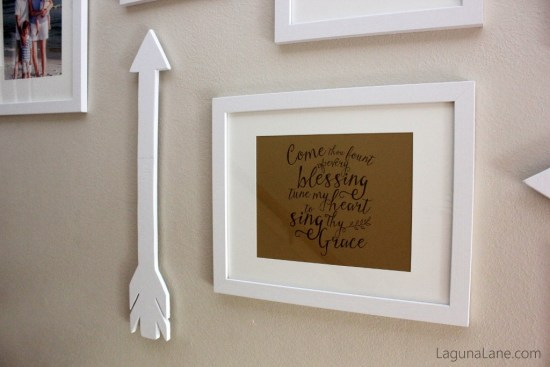 Budget Gallery Wall - DIY Wood Arrows and Free Printable | Laguna Lane