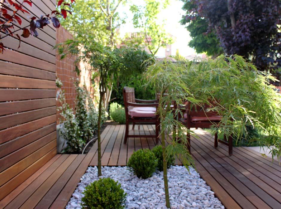 La habitaci n verde piscina en madrid for Viviendas jardin