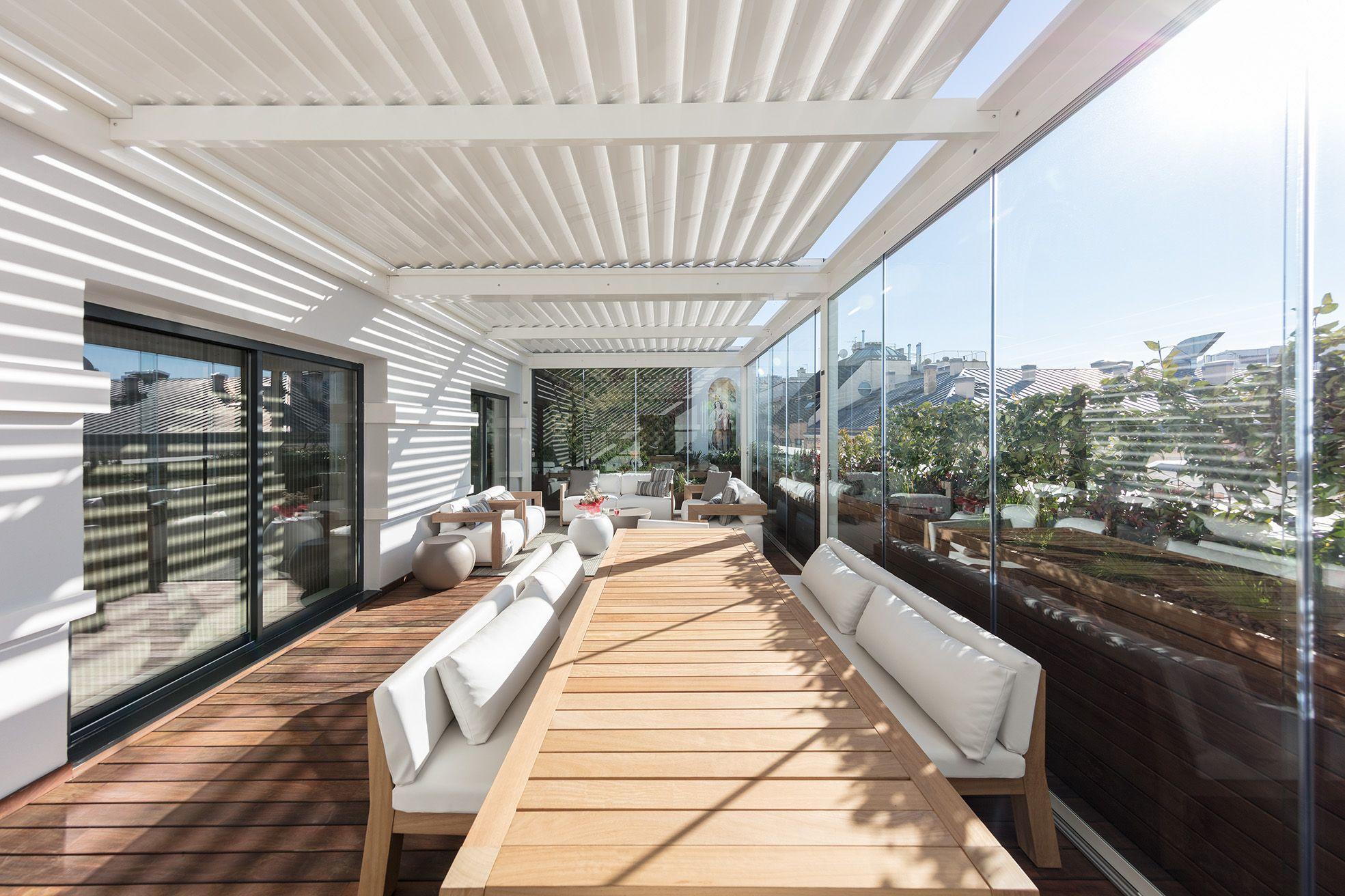 Terraza con pérgola en Madrid | La Habitación Verde