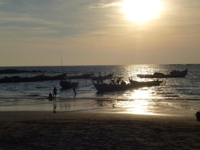 Pêcheurs à Ngapali