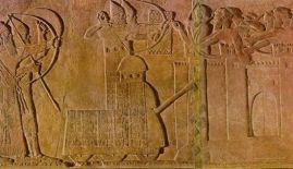 Infantería asiria sobre torre de asedio
