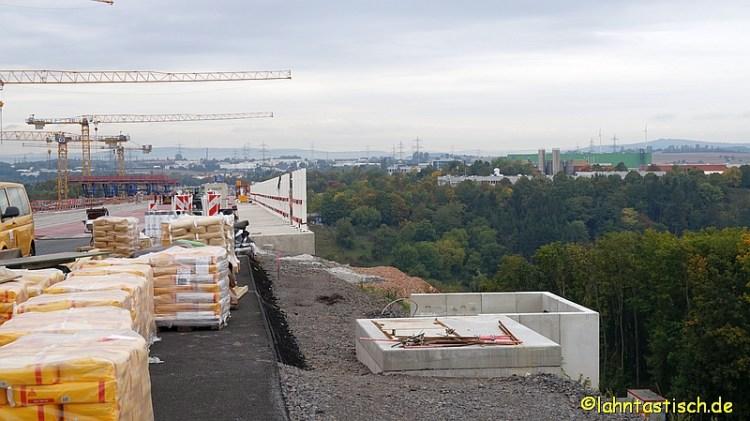 Autobahnbrücke 011