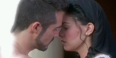 muchacha-italiana-viene-a-casarse-pedro-besa-a-fiorella