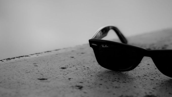 facebook's ray ban smart glasses