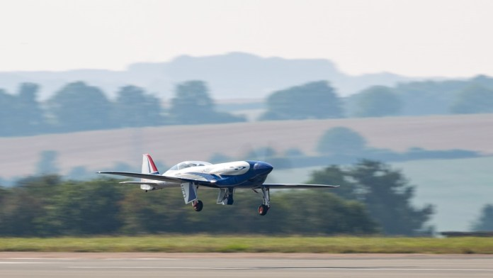 first flight of rolls royce electric aircraft