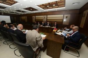 Former Prime Minister & PML-N President Muhammad Nawaz Sharif holds a high level meeting with UAE based Business delegation led by Foreign Adviser to President PML-N Javed Malik