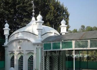 Hazrat Shah Aqeeq or Hazrat Miskeen Shah1
