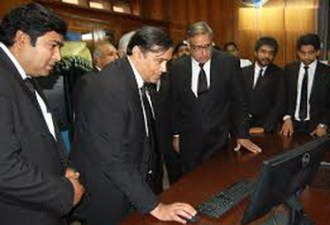 LHC Multan Bench justice Mamoon Rasheed Sheikh kicks off SMS service
