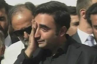 bilawal-breaks-into-tears-after-visiting-injured-police-cadets-in-quetta