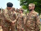 Commander Lahore Corps spent eid day with troops