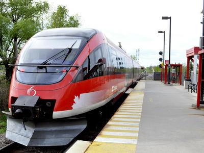 A modern public transit system means shorter commute times : Prime Minister Justin Trudeau