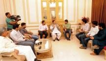 YDA delegation calls on former deputy prime minister