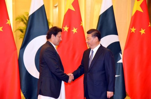 PM Imran Khan reaffirms President Xi Pakistan's  commitment to CPEC