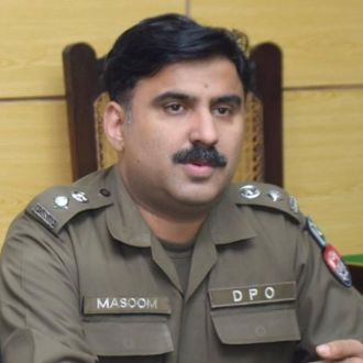 CM removed DPO Khanewal ,warns DC Khanewal and Commissioner Multan on public complaints