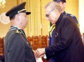 President confers Nishan-i-Imtiaz (M) upon General Han Weiguo