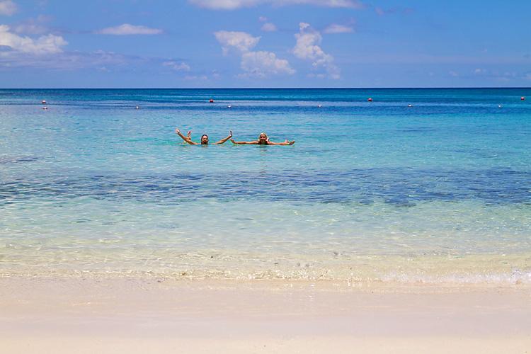 Sailing-Travel-Lifestyle-Blog-Bahamas-Atlantis-Paradise-Island-LAHOWIND-Kimberly-Joy-Photography-Naples-Florida-eIMG_7058