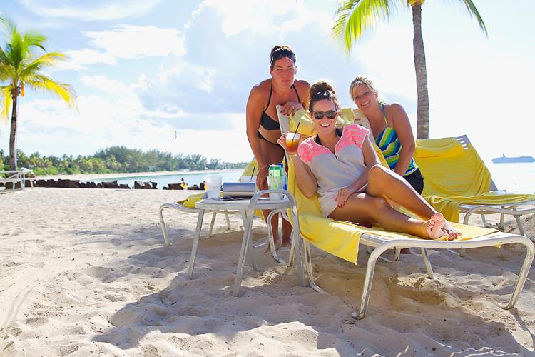 Sailing-Travel-Lifestyle-Blog-Bahamas-Atlantis-Paradise-Island-LAHOWIND-Kimberly-Joy-Photography-Naples-Florida-eIMG_7132