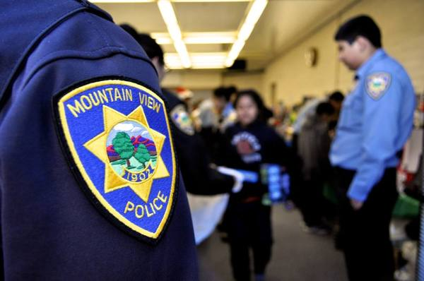 """Bridging the Gap: School Resource Officers Are a """"Lifeline ..."""