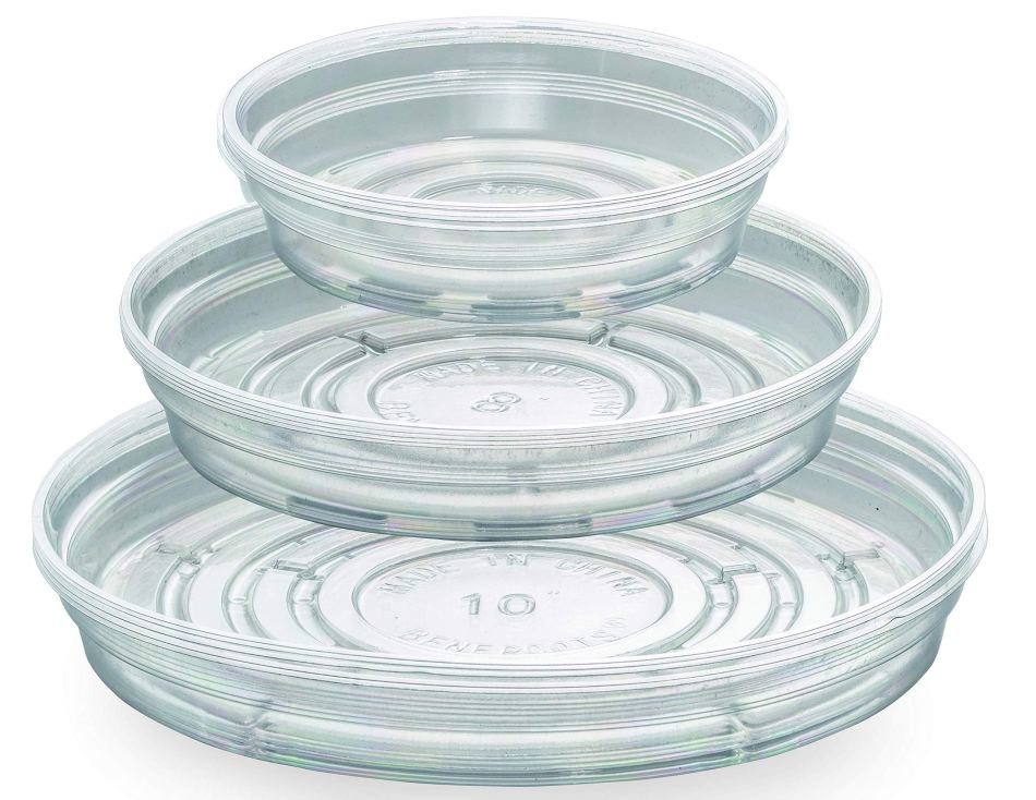 Different sizes of transparent saucers