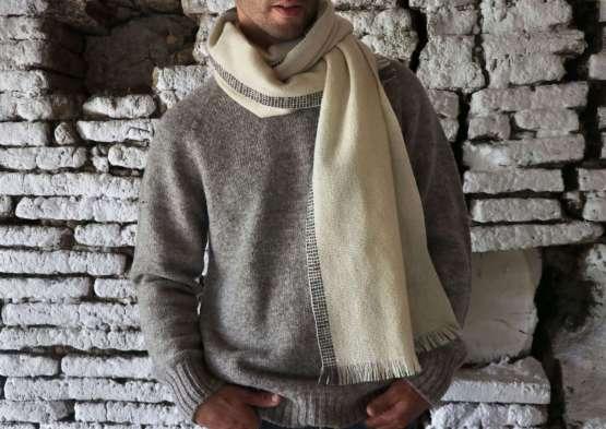 Écharpe blanche pure laine mérinos naturelle