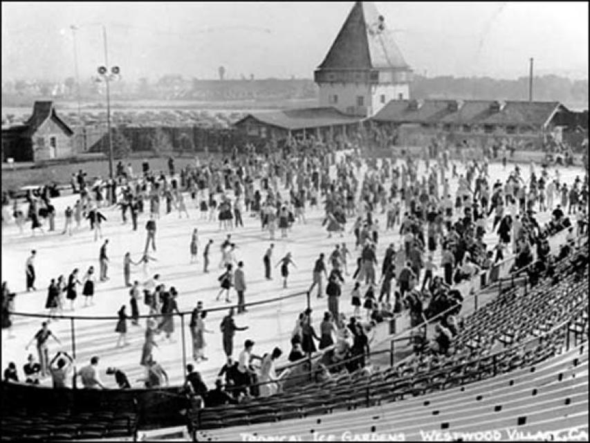 Ice Skating Pershing Square Los Angeles