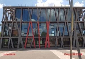 Le Pavillon Noir... et Rouge !