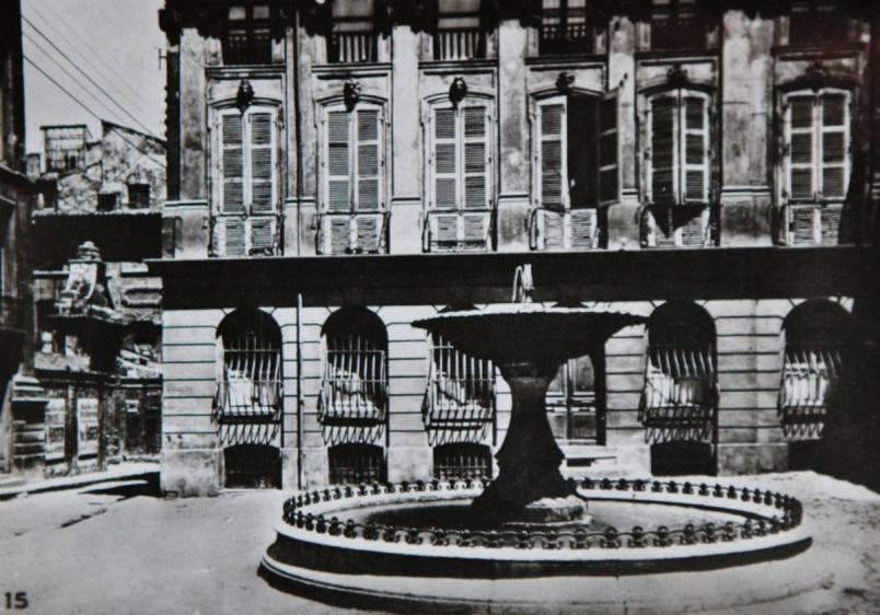 Aix-1942-16
